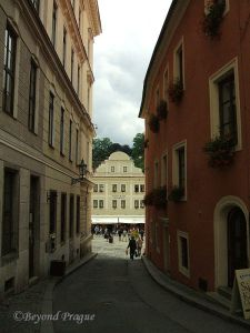 A moment on a quiet street, looking toward the town square.