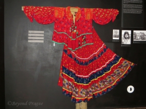 A traditional Roma blouse and skirt.
