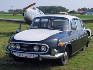 A T603, the last of Tatra's streamlined series of cars, seen with the T.101 replica.