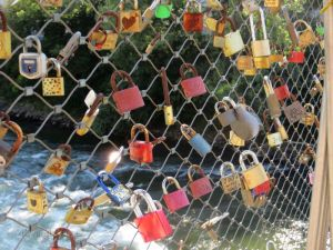 More rusting locks in Graz.